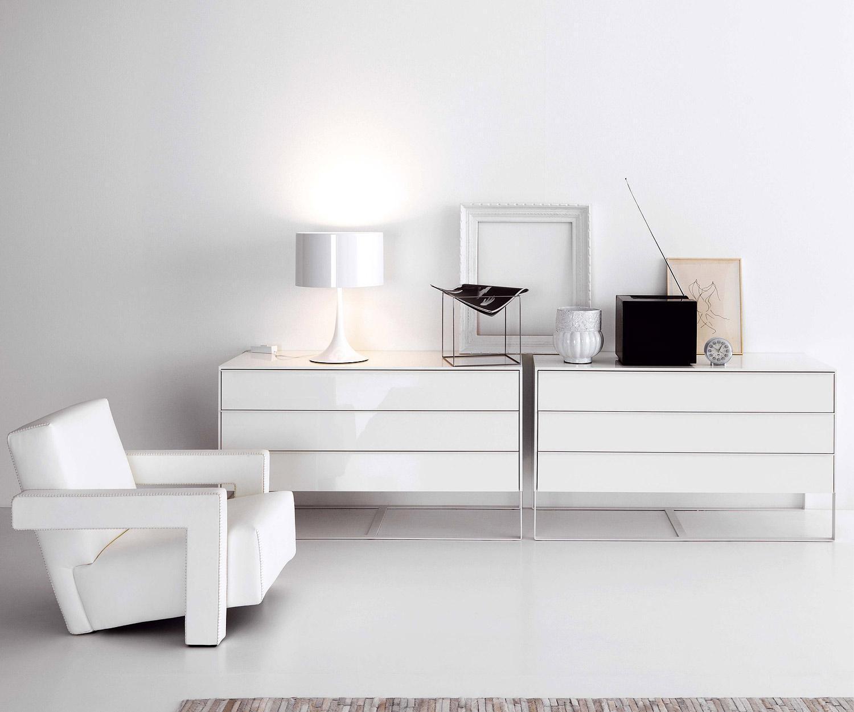 novamobili kommode joint 3 schubladen mit fu. Black Bedroom Furniture Sets. Home Design Ideas