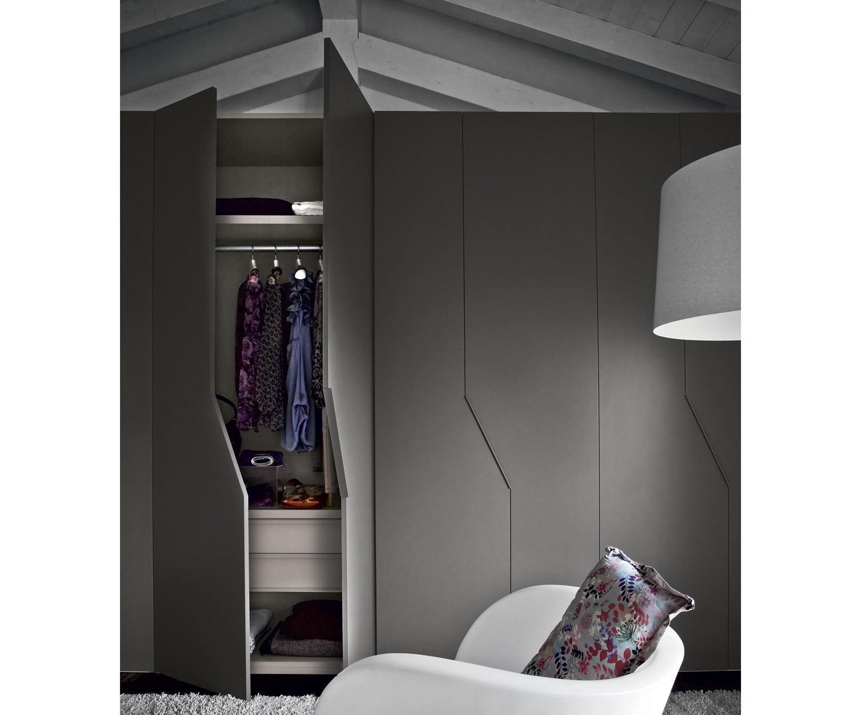 novamobili kleiderschrank diagona fl gelt ren. Black Bedroom Furniture Sets. Home Design Ideas
