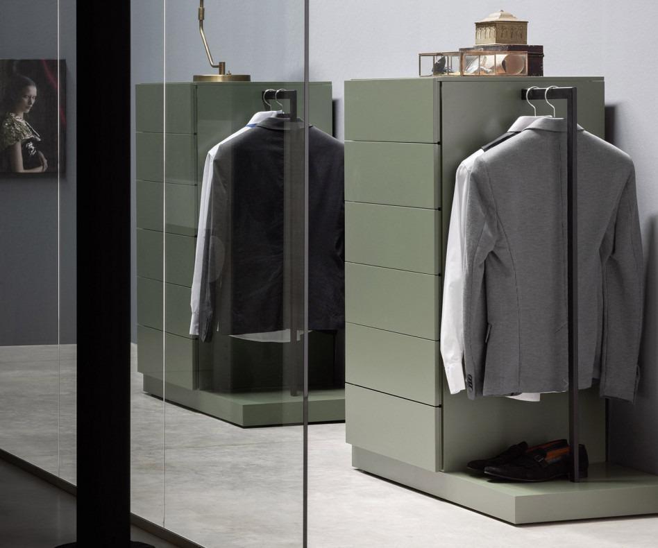 novamobili hochkommode easy 6 mit garderobe f r den flur. Black Bedroom Furniture Sets. Home Design Ideas