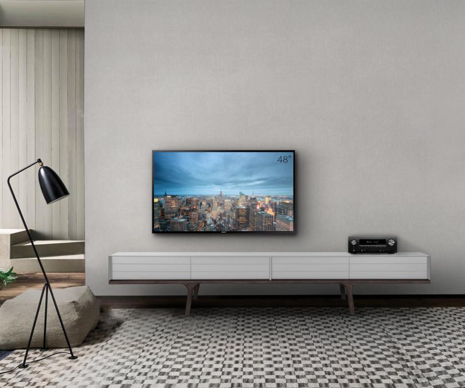 Exklusives al2 Mobius 004 Design TV Lowboard auf vier Füßen aus Eukalyptus Massivholz