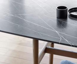 Wundersch ne designer tische f r wohn und esszimmer for Carrara marmor tisch
