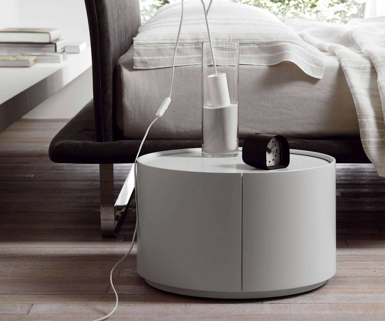 novamobili runder beistelltisch allout mit schublade. Black Bedroom Furniture Sets. Home Design Ideas