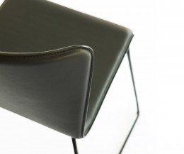 SpHaus Lisbon Stuhl Chair gepolstert schwarz detail