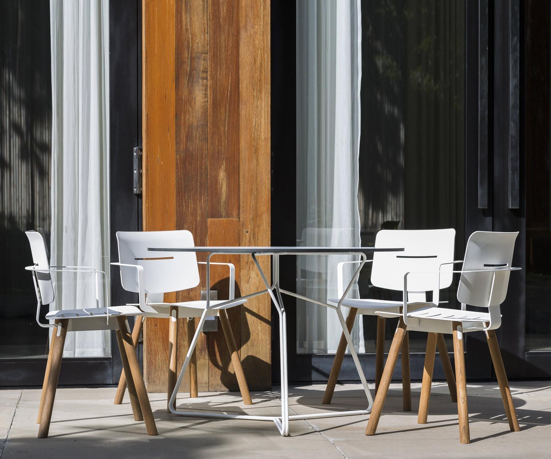 oasiq coco stahl aluminium mit armlehnen. Black Bedroom Furniture Sets. Home Design Ideas