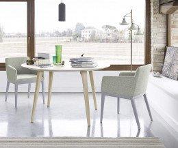 Moderner Novamobili Sessel Candy mit Stoffbezug in Pastell Grün