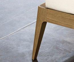 Novamobili Design Bett Holz Siri 160 x 200 cm Detail Eiche Miele N02 honigfarben