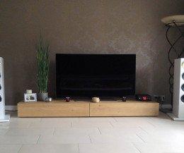 Modernes Holz Design Lowboard auf dem Boden 240 cm Breit Eiche Hell