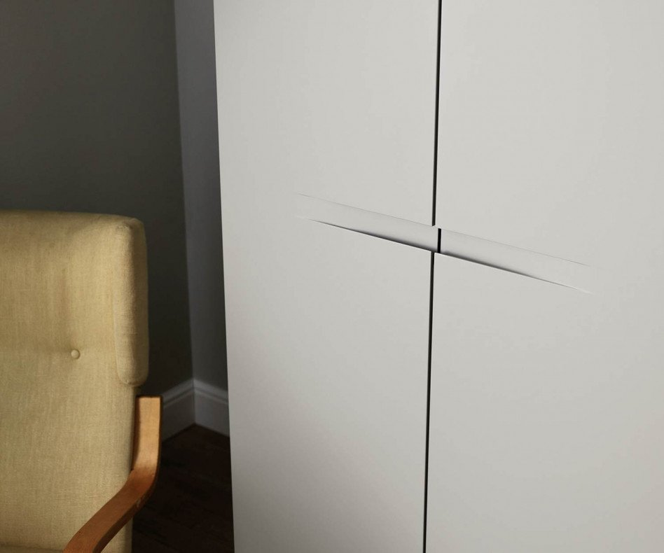 Hochwertiger Livitalia Schlafzimmer Design Kleiderschrank Vela in Hellgrau Matt