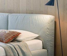 Novamobili Polsterbett Brick mit Bettkasten Detail Kopfteil