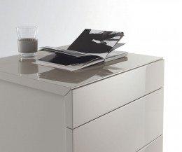 Moderne Livitalia Design Hochkommode Cap mit grifflosen Schubladen