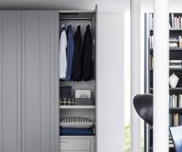 Novamobili Stripe Kleiderschrank Innenraum