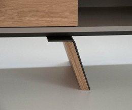 Exklusives al2 e-klipse 005 Design Lowboard Detail abgeschrägter Standfuß