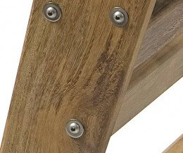 Iroko Holz aus der Nähe im Detail