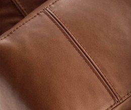 Hochwertiger Prostoria Design Sessel Cloud im Detail die Nähte bei Cognac Ausführung