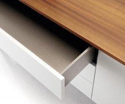 Modernes Punt Design Sideboard Tactile Walnuss Detail Schublade