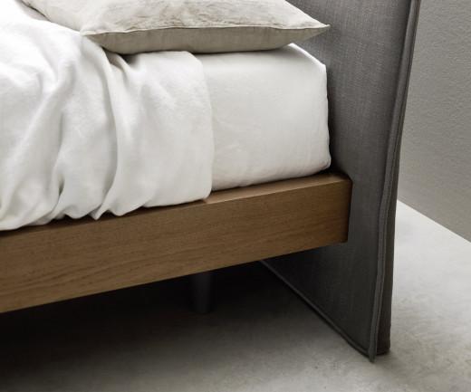 Novamobili Design Holzbett Kale 160 cm x 200 cm Detail