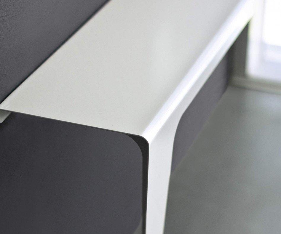 Moderne MEME Design Konsole Lama für die Diele schlankes Bein