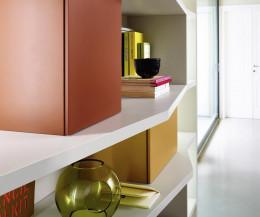 Design Bücherregal mit Boxen