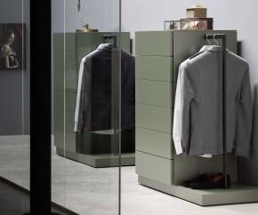 Wohnideen: Novamobili Hochkommode Easy 6 mit Garderobe
