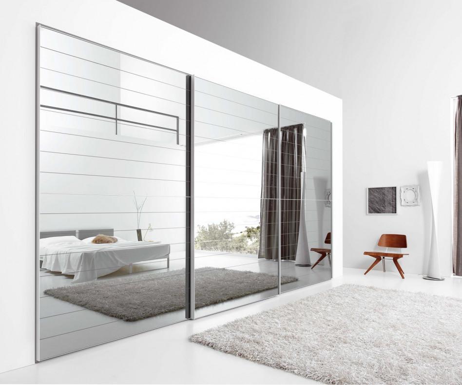 spiegel kleiderschrank mit schiebet ren. Black Bedroom Furniture Sets. Home Design Ideas