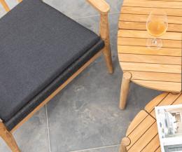 Hochwertiger rechteckiger Oasiq Copenhagen Gartentisch im Detail Tischplatte