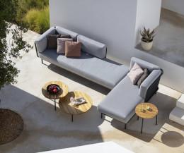 Hochwertiges Todus Baza Design Loungesofa im Winkel aufgestellt