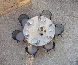 Branta Balkon Esstisch für den Garten aus der Vogelperspektive aufgenommen