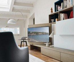 Wohnwand C44 mit TV Paneel schwenkbar