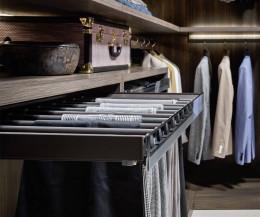 Begehbarer Kleiderschrank Break  Hosenhalter