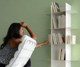 Innesto Bücheregal für die Wand aus Metall
