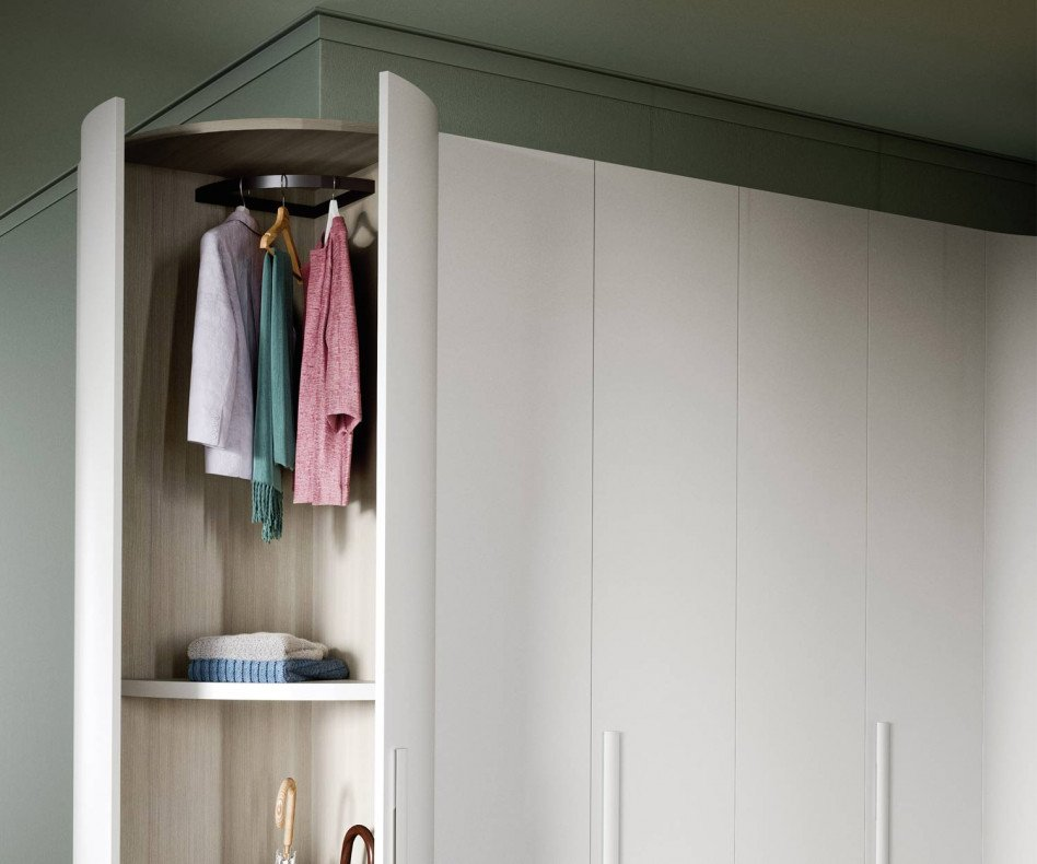 Runder Designer Kleiderschrank
