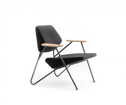 Hochwertige prostoria m bel sofas sessel aus kroatien for Italienische sessel design