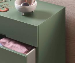 Hochwertige Novamobili Designer Hochkommode im Detail geöffnete Schublade