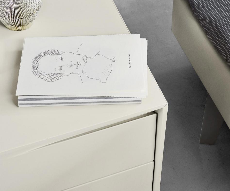livitalia vela design nachttisch mit 2 schubladen. Black Bedroom Furniture Sets. Home Design Ideas