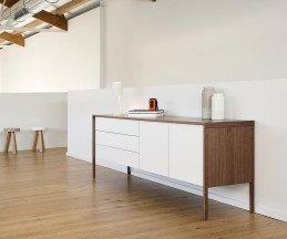 Punt Design Sideboard Tactile mit weißer Front mit Schubladen und Türen