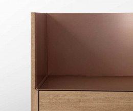 Design Hochkommode Detail Abdeckplatte auf der Kommode ohne Accessoires