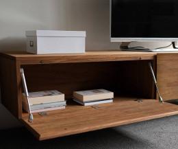 Hochwertiges Livitalia Massivholz Design Lowboard im Detail mit Klapptür offen