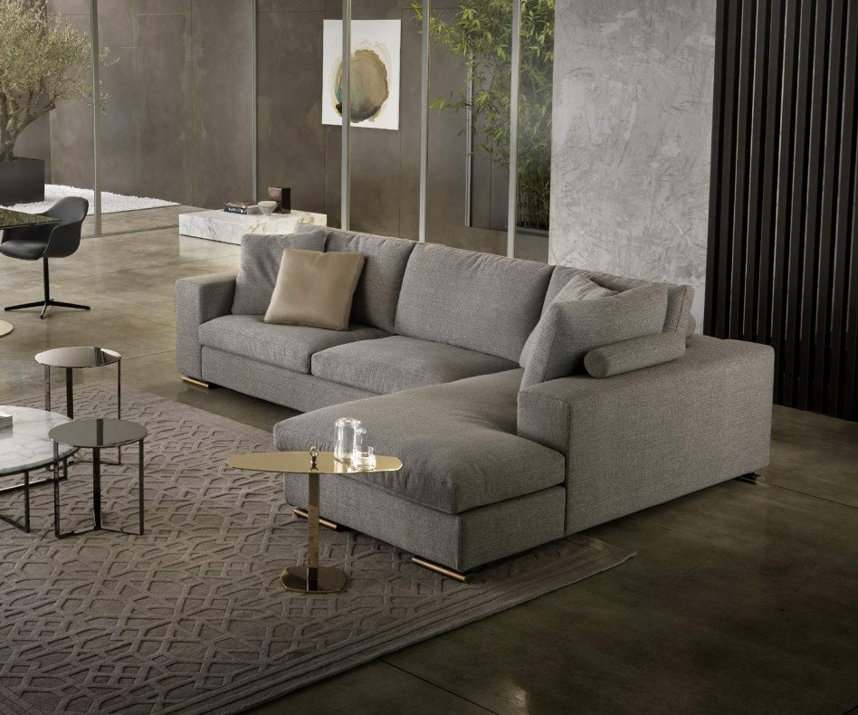 Design Sofa mit Chaiselongue
