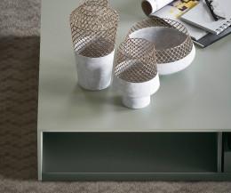Detail Tischplatte offenes Fach Wohnzimmer Design Couchtisch Schatten