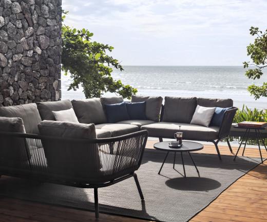 Exklusives Oasiq Yland Chaiselongue 2er Design Sofa mit Gestell in Anthrazit Dunkelgrau