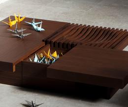 Moderner Conde House Barringer Designer Tisch mit verstecktem Fach, das geöffnet ist