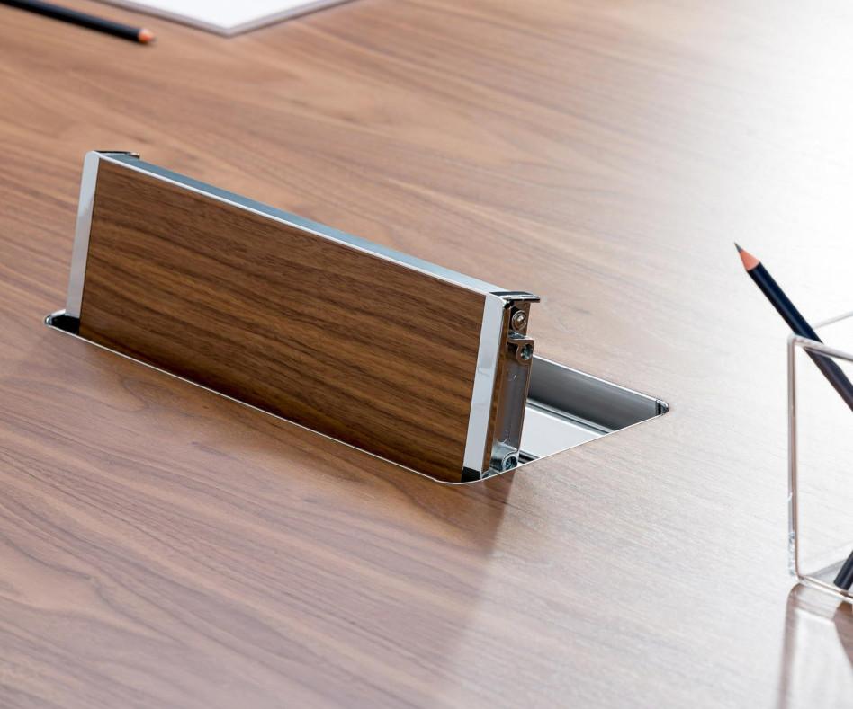 Exklusiver ICF Unitable Manager Aluminium Design Arbeitstisch Walnuss