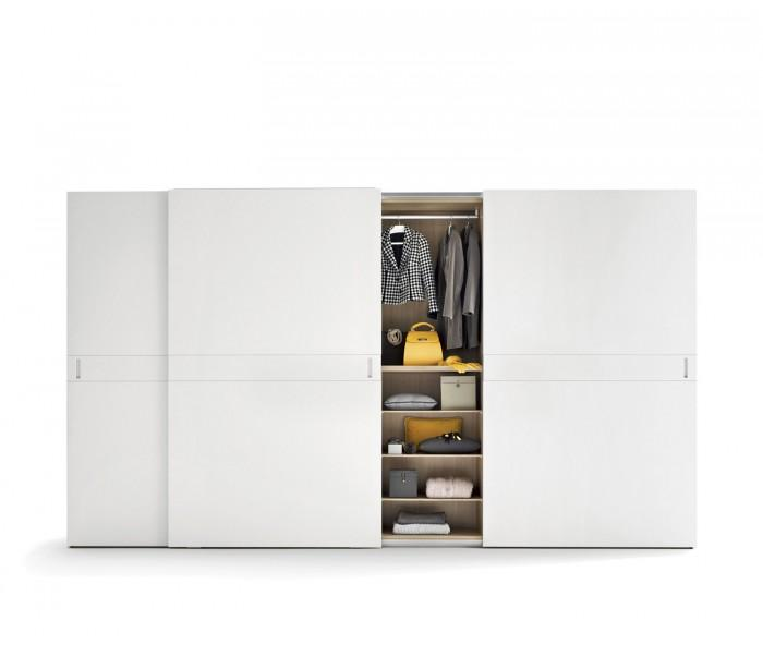 novamobili kleiderschrank class schiebet ren 2 4m breit. Black Bedroom Furniture Sets. Home Design Ideas