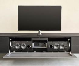 Moderne Livitalia Audio Design Wohnwand C51 mit integrierten Lautsprechern