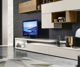 Modernes Livitalia Design TV Wandboard als Stellfläche für einen Fernseher
