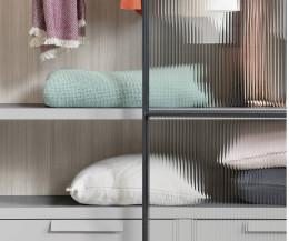 Design Glas Schwebetüren Kleiderschrank aus Italien