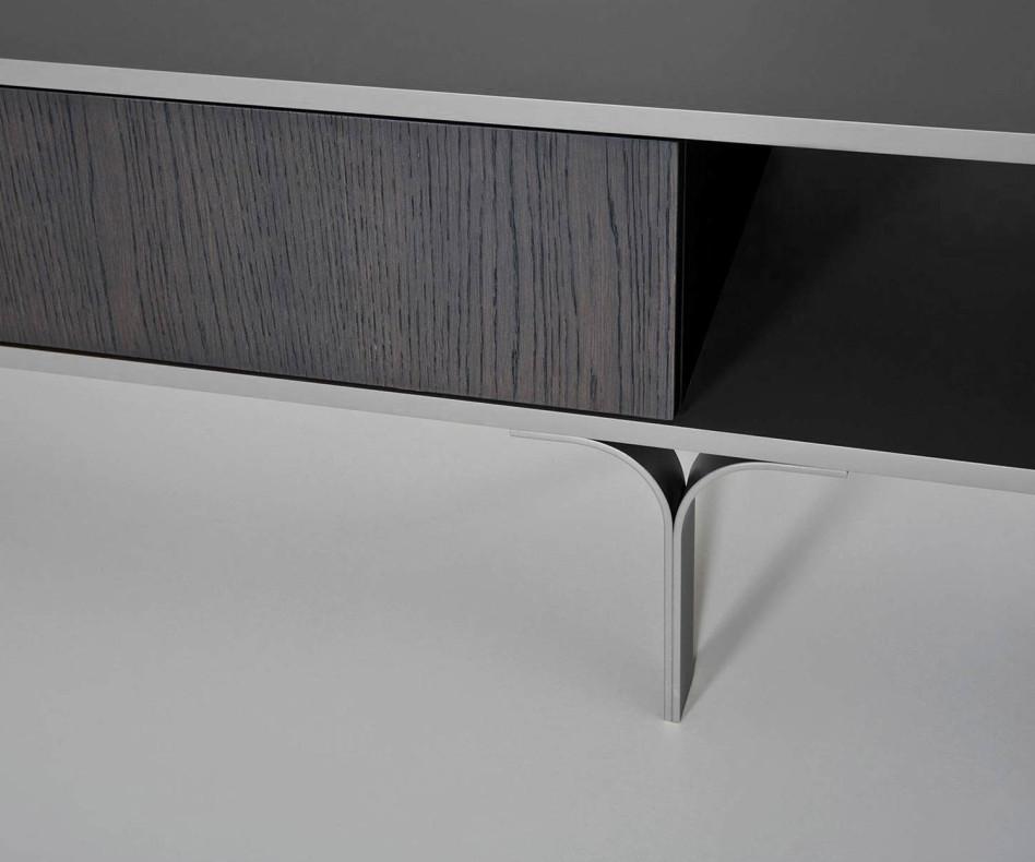 al2 Mobius 005 Design TV Lowboard mit Schubladenfront und drei offenen Fächern
