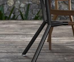 Moderner Oasiq Reef Designer Gartentisch Detail Tischbeine