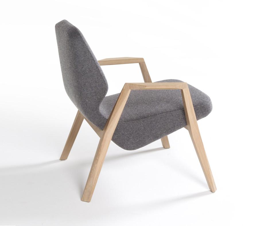 Moderner Prostoria Designer Sessel Oblique mit Armlehnen