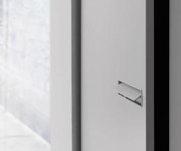 Design Novamobili Kleiderschrank Move im Detail die Griffmulde